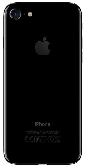 Смартфон Apple iPhone 7 32GB фото 2