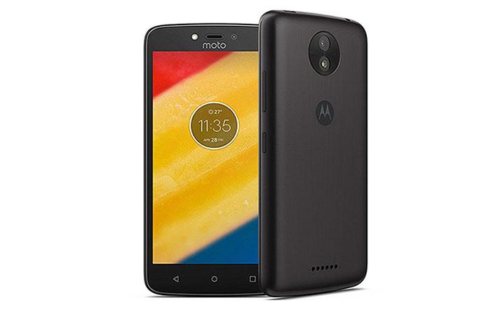 топ недорогих смартфонов до 5000 рублей Motorola Moto C LTE